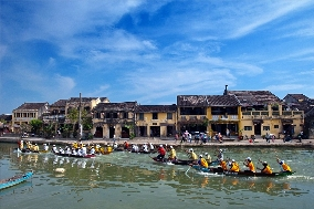 rowing in Hoi An bay
